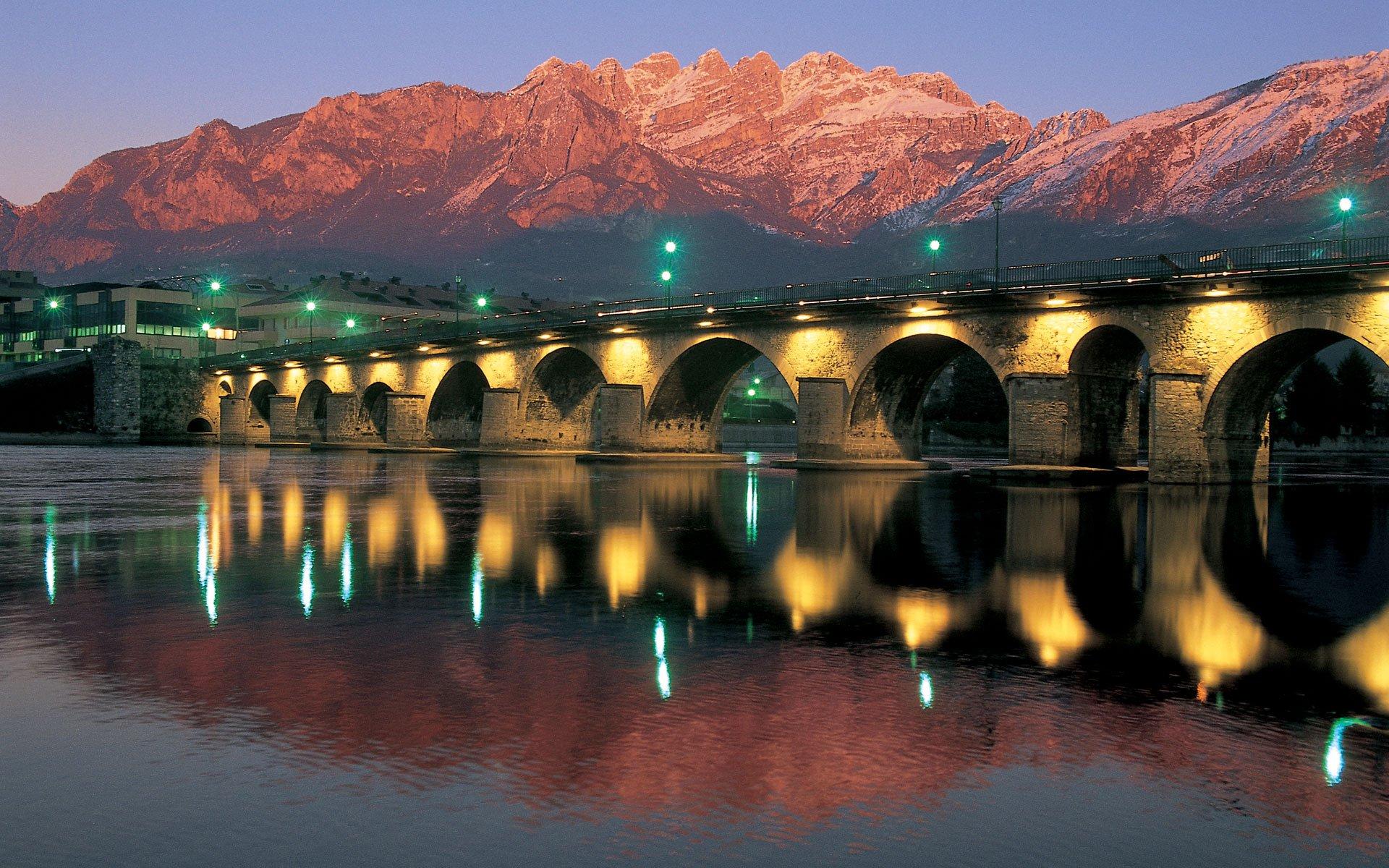 lecco città dei Promessi Sposi Ponte Azzone Visconti